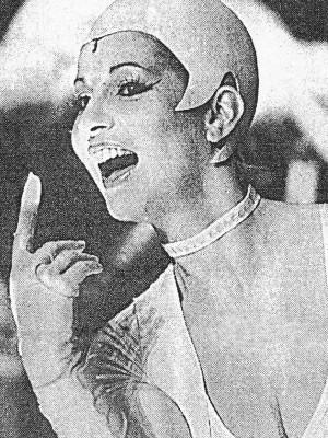 """Barbara Frey als Phöbe Zeitgeist in """"Blut am Hals der Katze"""" von Rainer Werner Fassbinder; 1987-1990 Staatl. Bühnen West-Berlins/Schiller-Theater-Werkstatt und Edinburgh International Festival 1988, Regie: Klaus Andre"""
